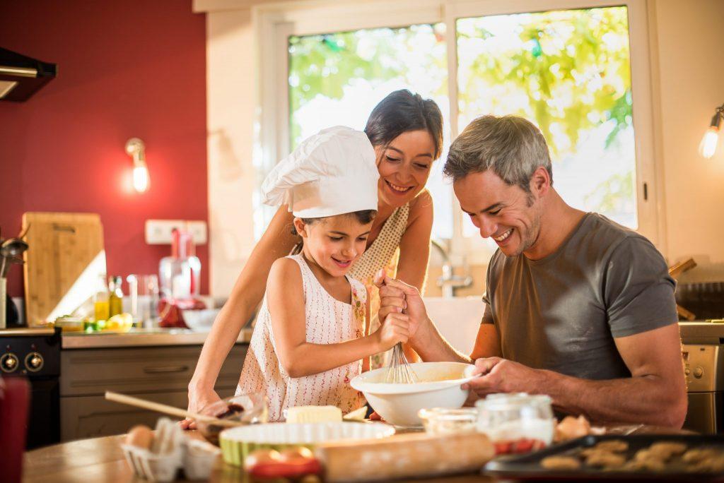 Una famiglia che cucina asieme è una famiglia Felice!